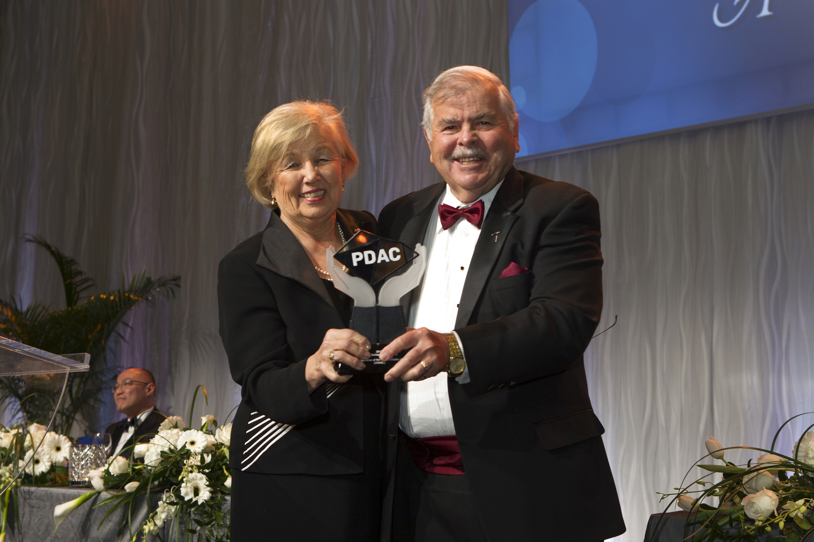 Special Achievement Award recipients, Women's Association of the Mining Industry of Canada (WAMIC) & Ed Thompson, PDAC, Past President