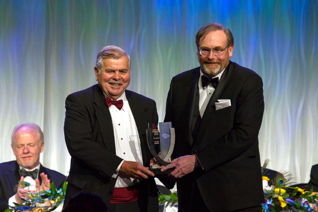 Distinguished Service Award, Bill Pearson